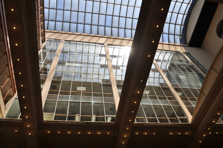 Bourse interior offices skylight